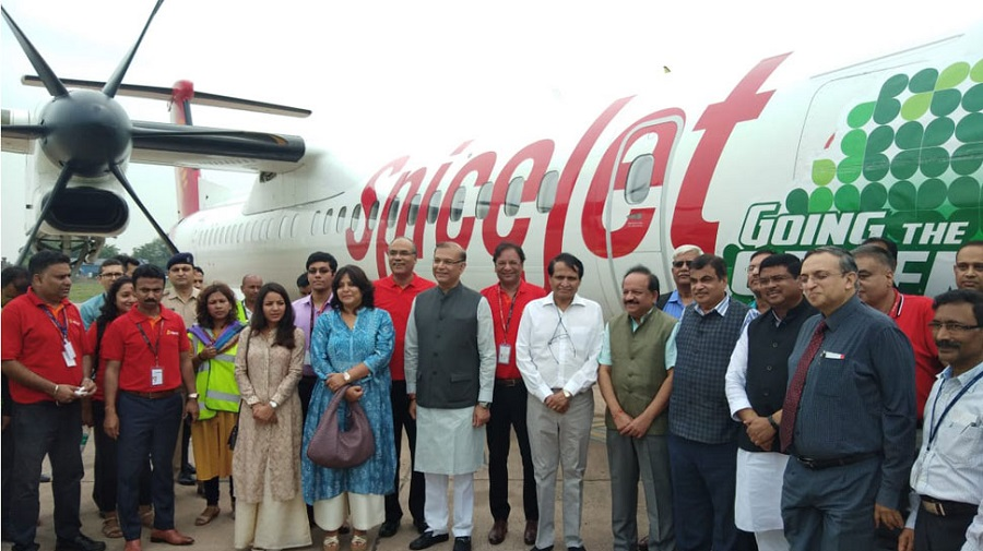 SpiceJet Successfully Tests India's First Biofuel-powered Flight