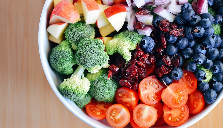 Adding Fruits and Vegetables to Your Diet Reduces Cancer Risk